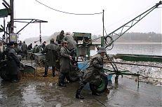 Pohled na kádiště; zde dochází k třídění a nakládání ryb.