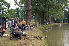 Rybářské závody probíhaly na rybnících Svět a Hrádeček.