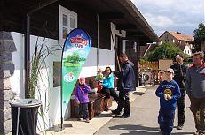 Prodejna ryb v areálu třeboňských sádek nabízí celoroční prodej živých i zpracovaných ryb